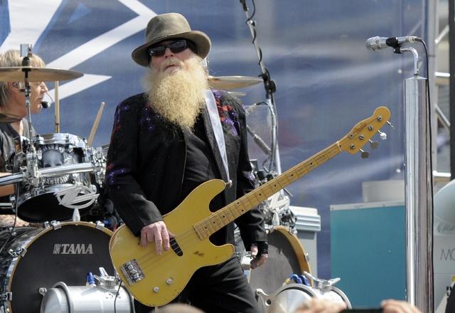 Muere Dusty Hill, baterista de ZZ Top, a lo 72 años