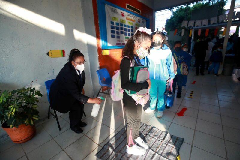 """""""Indispensable"""" el regreso a las aulas, dice el presidente mexicano y rechaza críticas"""
