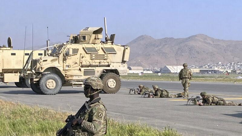 EU gastó más de un billón de dólares en Afganistán, revela Bloomberg