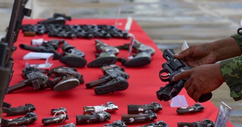 "Armeros de EU reviran: México quiere ""chivo expiatorio"". ""Se probará que incurren en prácticas ilícitas"": Relex"