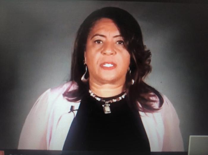 Regreso a clases, pero con justicia social y racial, plantea la lideresa de maestros, Cecily Myart-Cruz