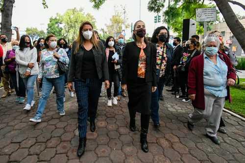 Ssa regresa a seis estados y a la Ciudad de México a rojo; las condiciones, como en naranja, afirma: Sheinbaum. Las hospitalizaciones y casos, a la baja, dice