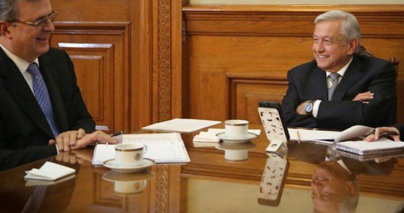 AMLO: Hablamos con la vicepresidenta de EU, Kamala Harris, en buenos términos para abrir la frontera norte. Acordaron mutua cooperación para enfrentar la pandemia