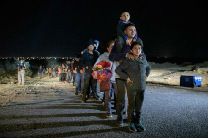 EU reanuda vuelos de deportación hacia Centroamérica
