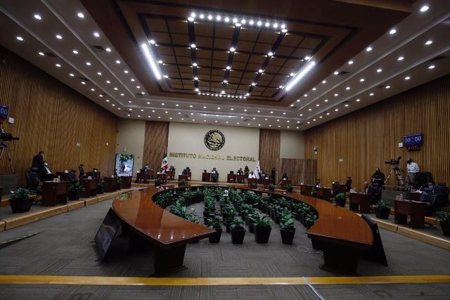 Morena, PT y Verde lograron 278 diputaciones, el PAN, PRI y PRD, 199 y MC, 23, informa el Consejo General del INE