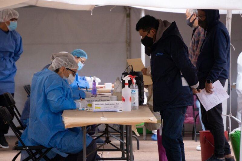 Van tres semanas con reducción de la pandemia: López-Gatell. Llegaron un millón 750 mil vacunas de Moderna donadas por EU