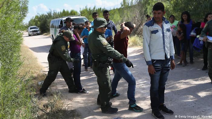 EU enjuiciará a migrantes deportados que reingresen ilegalmente