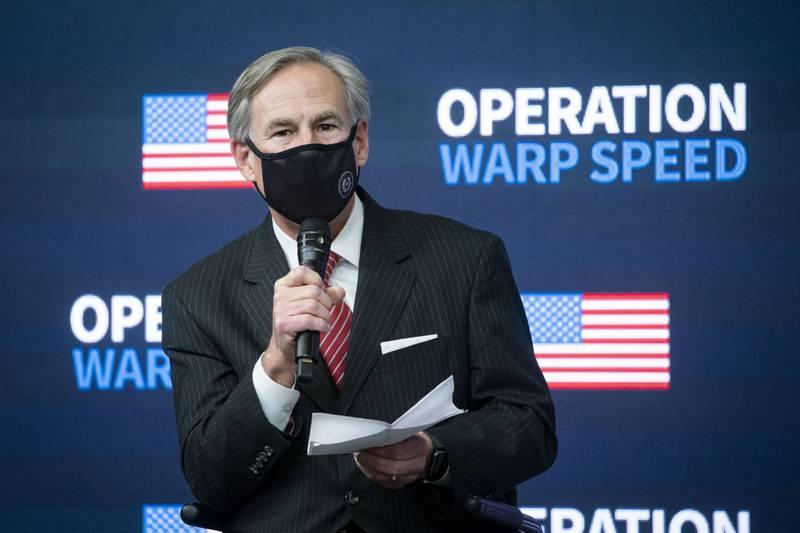 Gobernador de Texas, con Covid. Como férreo opositor al uso de mascarillas, decretó multa de mil dólares a quien las usara