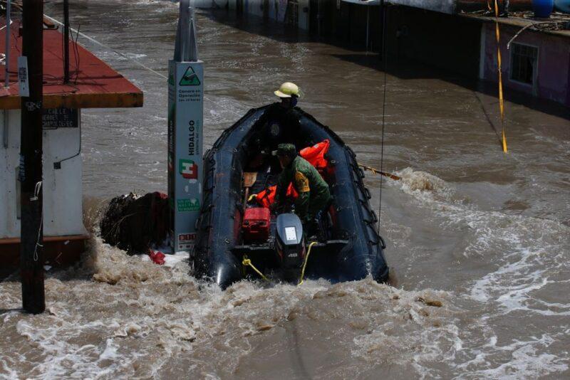 Apoyo a la población afectada por temblores e inundaciones: AMLO
