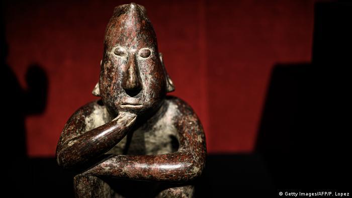 México denuncia ante la Fiscalía alemana a empresa que subastará 74 piezas arqueológicas