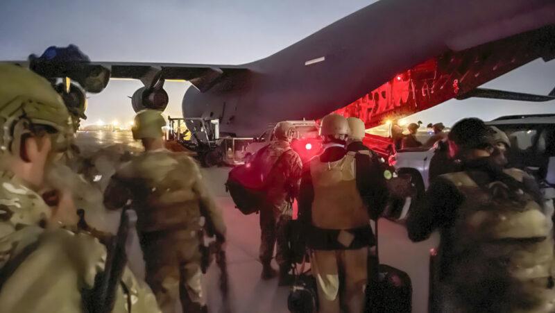 """Video: Putin: La presencia estadounidense de 20 años en Afganistán """"solo resultó en tragedias"""""""