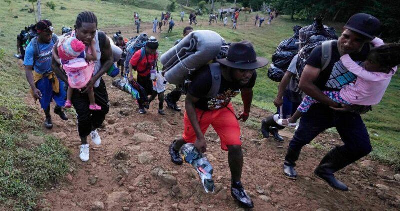Miles de haitianos son repatriados en un operativo no visto en décadas