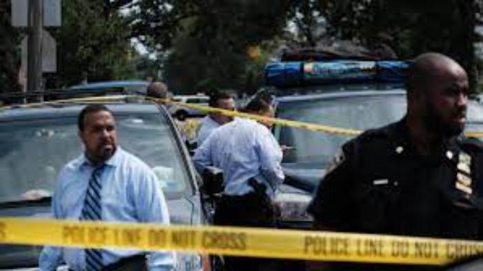En el 2020, EU registró el mayor aumento de homicidios desde la década de 1960, afirma el FBI