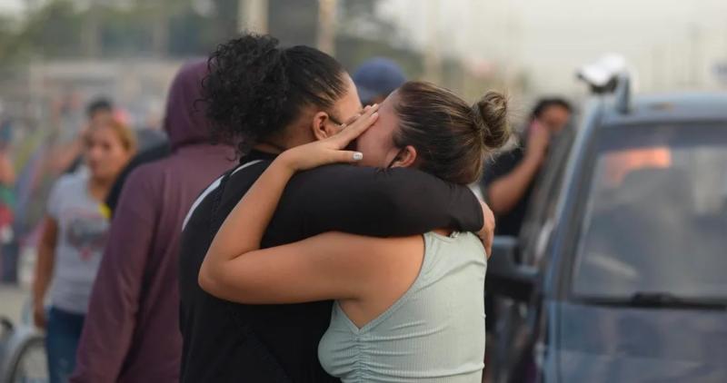 Videos| Un choque entre pandillas deja 116 muertos en cárcel de Ecuador; 5 son decapitados