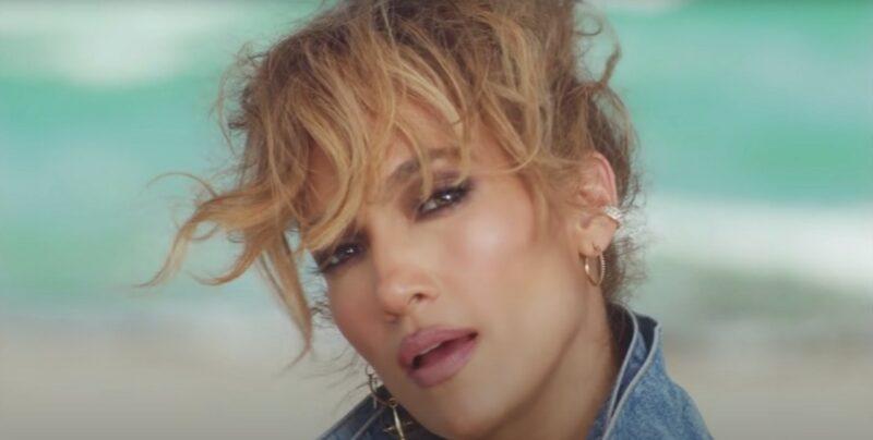 """Video: """"Cambia el paso"""" de Jennifer López suma millones de descargas"""