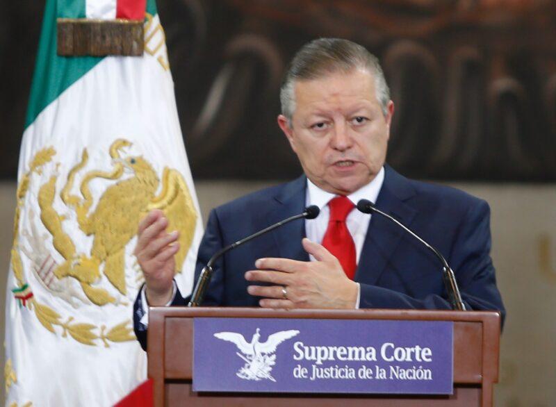Liberar a presas por abortar, el siguiente paso, señala el presidente de la Suprema Corte, Arturo Zaldívar