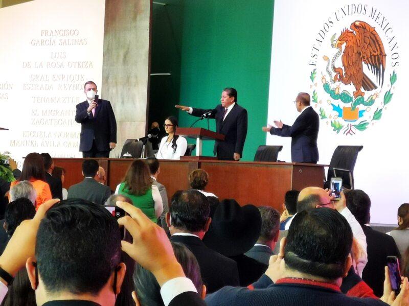 """David Monreal tomó protesta como gobernador de un estado """"que agoniza"""": Zacatecas"""