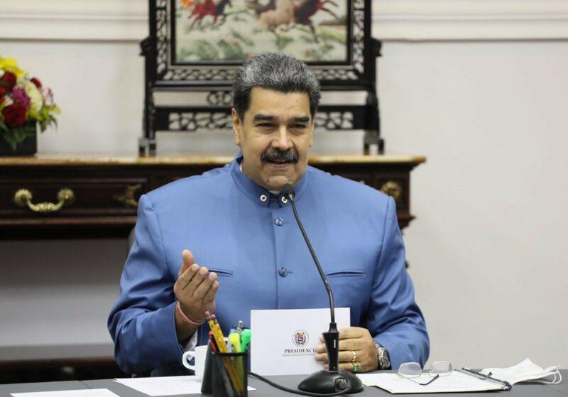Maduro llegó a México esta noche para participar en reunión de la Celac
