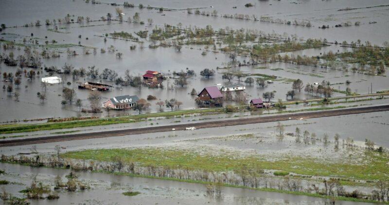"""Los habitantes de Luisiana tratan de recuperarse de los estragos del huracán """"Ida"""""""