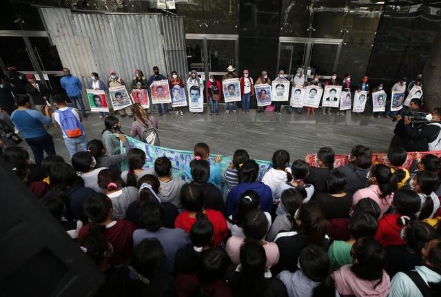 """Esclarecer el caso de los 43 """"de manera pronta y efectiva"""", demandan al gobierno mexicano la CIDH y la ONU-Derechos Humanos"""