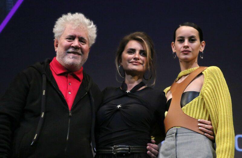 Almodóvar y Cruz cierran el Festival de Cine de NY con 'Madres paralelas'