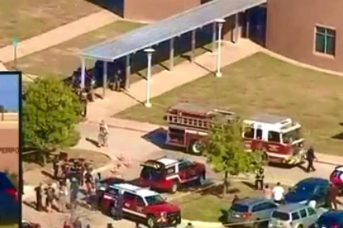 Video  Tiroteo en secundaria de Arlington, Texas, deja 4 muertos y 4 heridos