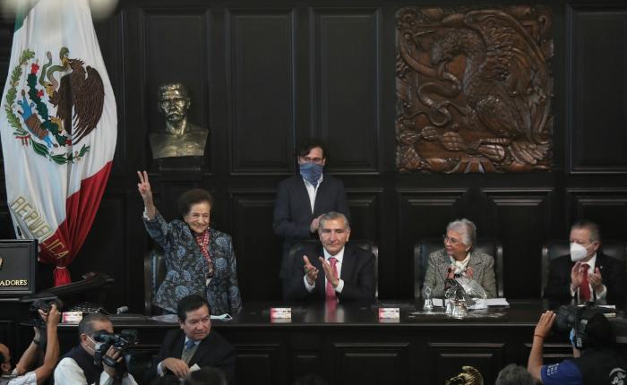 Videos  La senadora Ifigenia Martínez propone nuevo pacto social, económico y político y afirma que es vital restituir la rectoría económica y energética del Estado