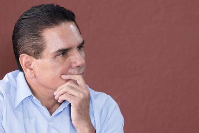 En renta de aeronaves, Silvano Aureoles gastó mil 227 millones de pesos en seis años como  gobernador de Michocán. La arrendadora pudo ser de su propiedad