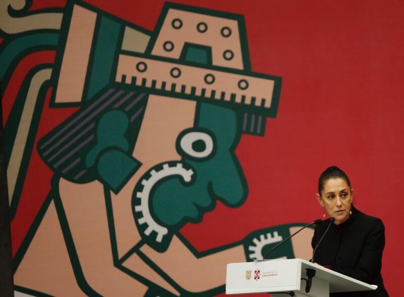 Video: A partir de este viernes y hasta el próximo 17, la Feria del Libro en el Zócalo de la Cd. de México. Habrá homenaje a Helguera