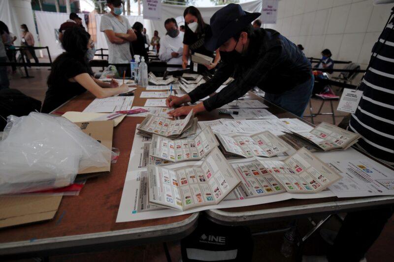 Video| Iniciativa de reforma electoral incluirá el voto de los mexicanos en el exterior: AMLO