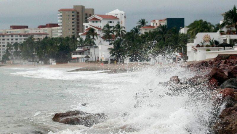 Video| 'Pamela' toca tierra como huracán categoría 1 en Sinaloa; lluvias torrenciales en Durango, Nayarit y Sinaloa y muy fuertes en partes de Jalisco y Zacatecas
